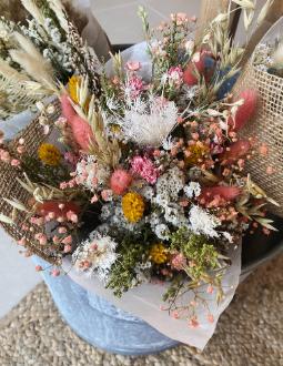 Les compositions en fleurs séchées et stabilisées